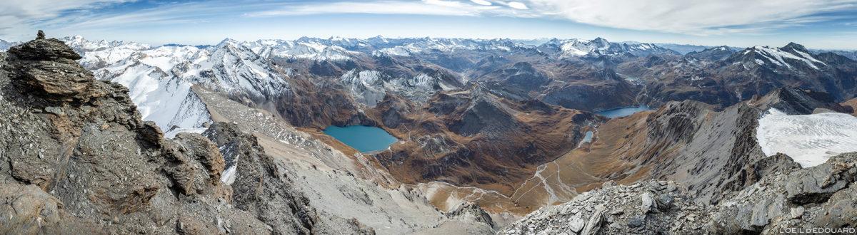Vue panorama depuis le sommet de l'Aiguille de la Grande Sassière, Alpes Grées, Montagne Savoie © L'Oeil d'Édouard - Tous droits réservés