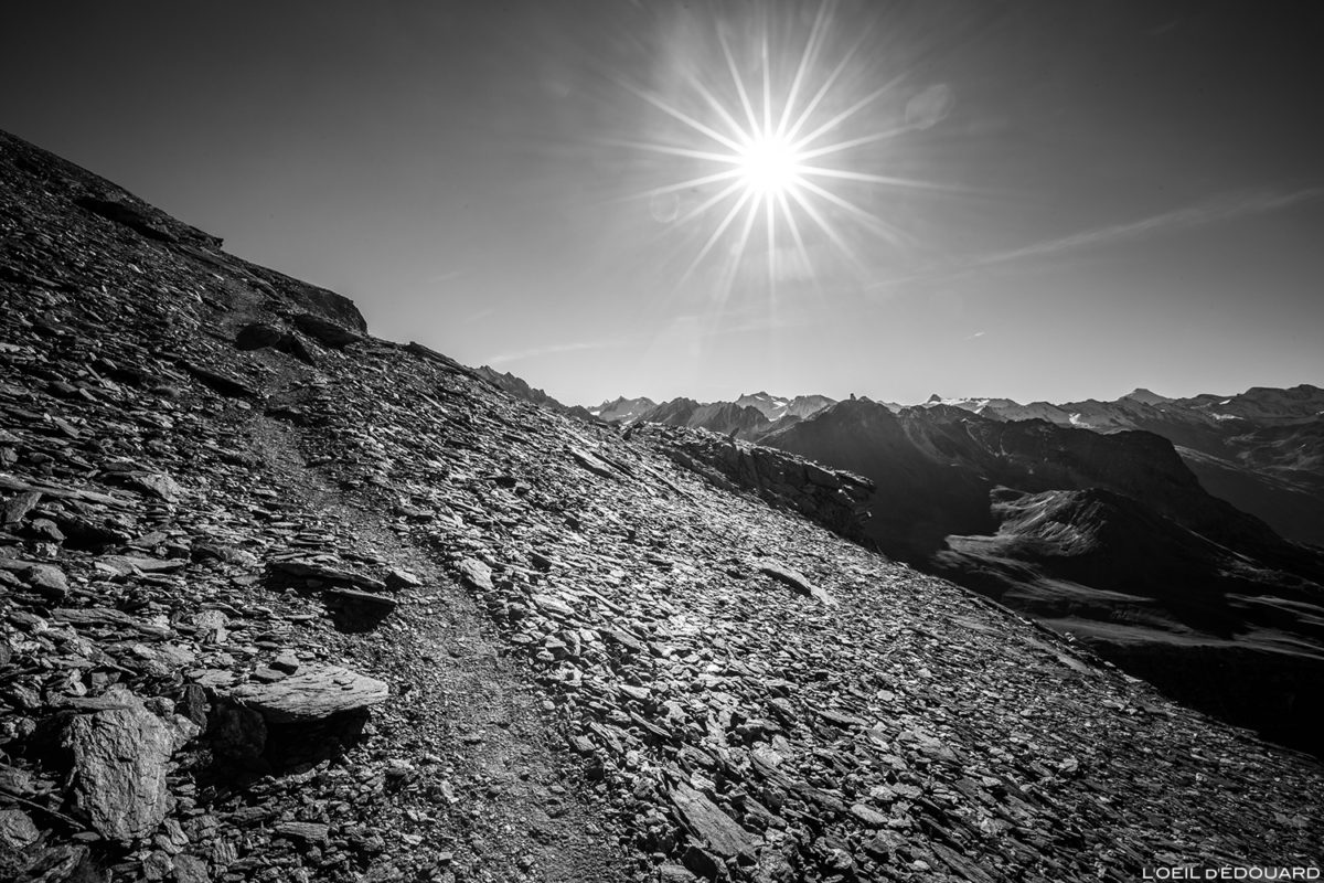 Sentier de randonnée à l'Aiguille de la Grande Sassière, Alpes Grées Savoie