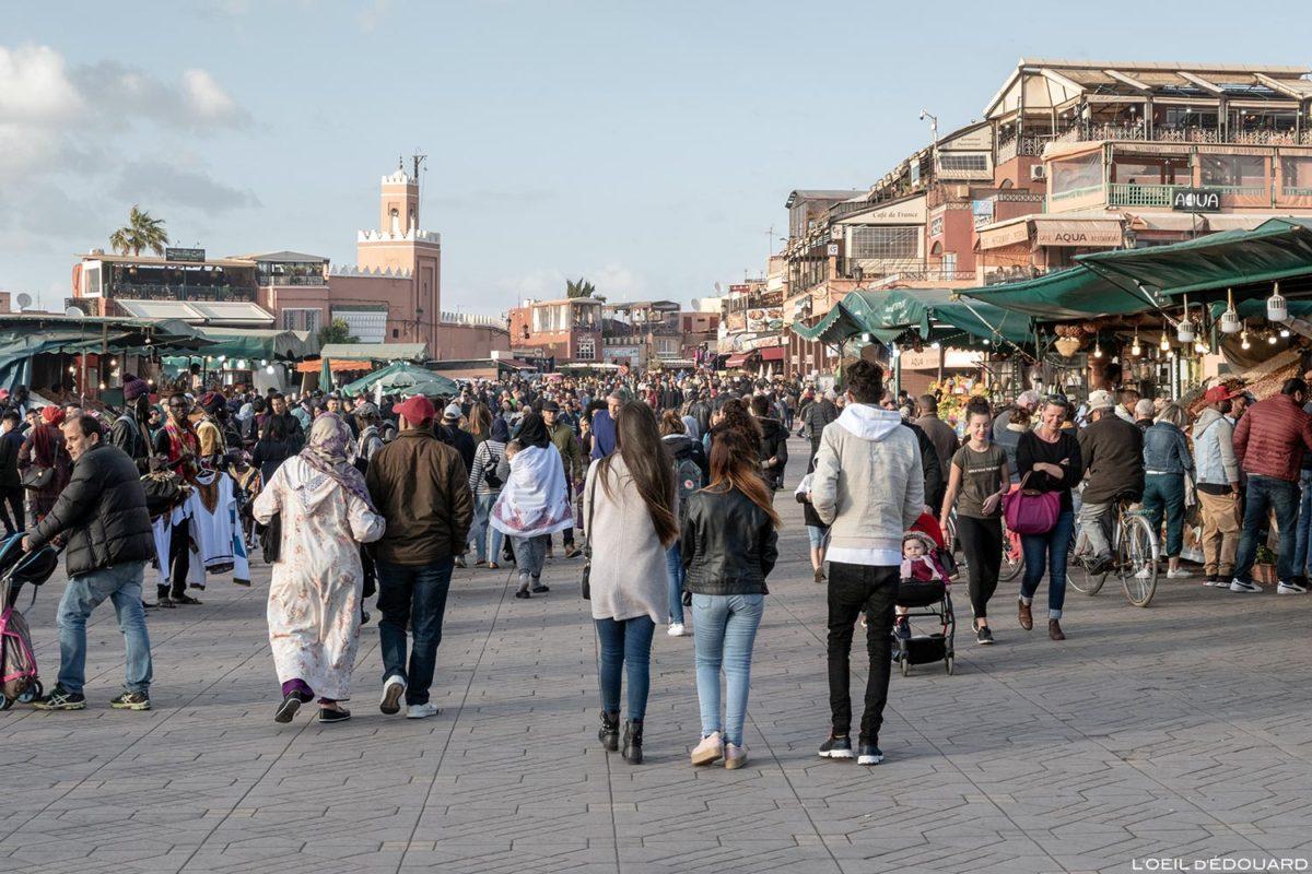 La Place Jemaâ el-Fna de Marrakech, Maroc / Marrakesh Morocco