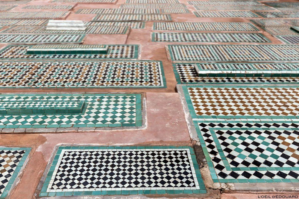 Mosaïques sur les tombes Saadiennes à Marrakech, Maroc / Visit Marrakesh Morocco