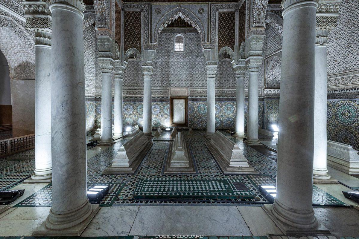 Salle des 12 colonnes : Tombeaux Saadiens à Marrakech, Maroc / Visit Marrakesh Morocco © L'Oeil d'Édouard - Tous droits réservés