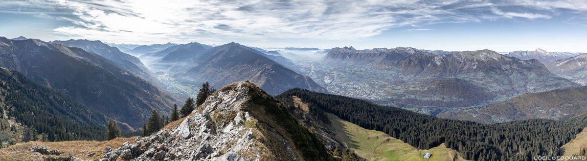 Vue panorama depuis le sommet de la Roche Pourrie, Savoie : Albertville, Massif des Bauges - Paysage Montagne Alpes