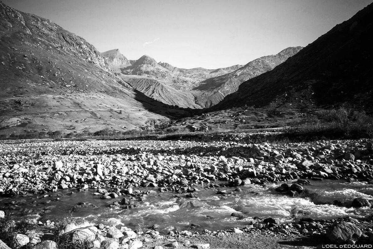 La Tronna, ruisseau de la Reculaz : départ randonnée Cirque des Évettes par la Gorge de la Reculaz - Alpes Grées, Haute-Maurienne, Savoie Alpes