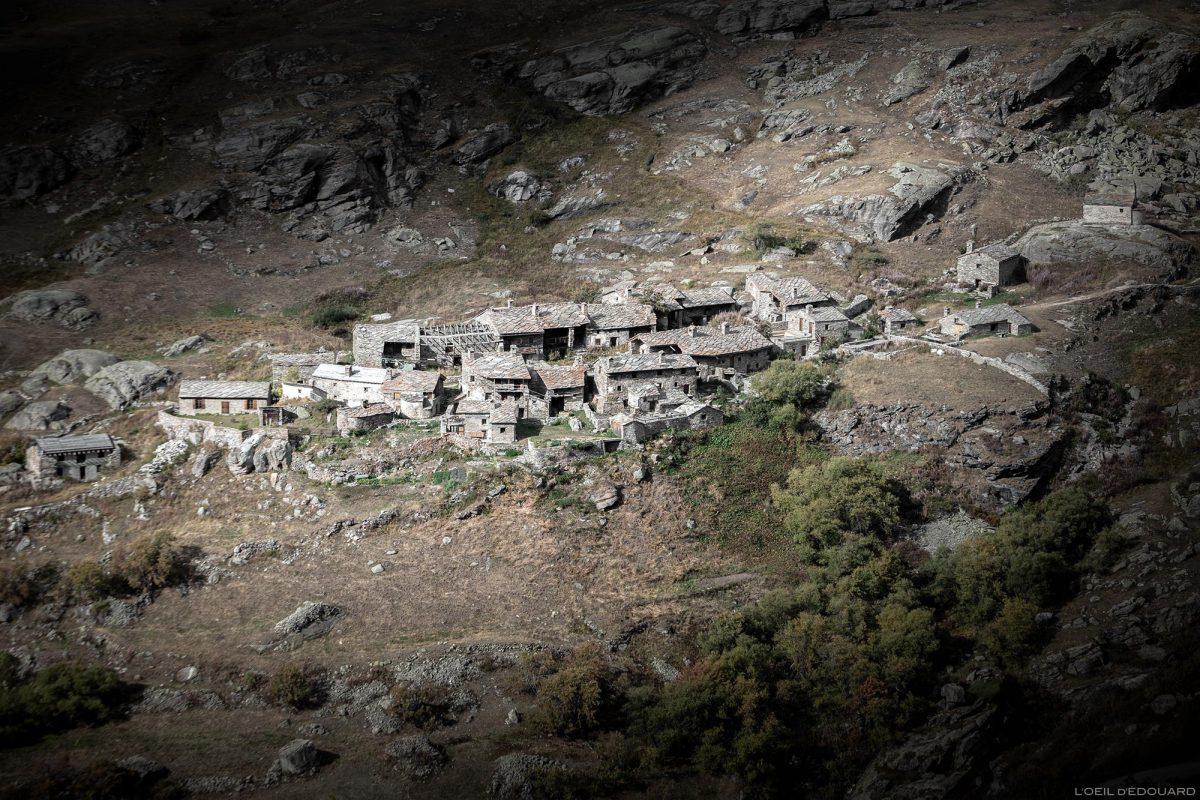 Le hameau de L'Écot en Haute-Maurienne - Alpes Grées, Savoie Alpes © L'Oeil d'Édouard - Tous droits réservés