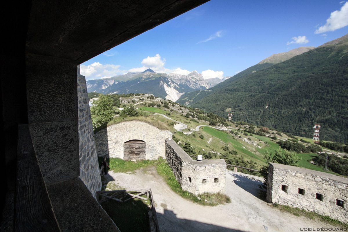 Vu depuis un fenêtre du Fort Marie-Christine, Forts de l'Esseillon à Aussois, Haute Maurienne Savoie Alpes