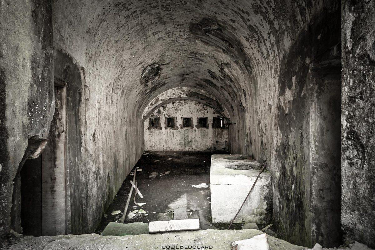 Salle à l'intérieur du Fort de Ronce, Col du Mont-Cenis - Haute Maurienne Savoie Alpes
