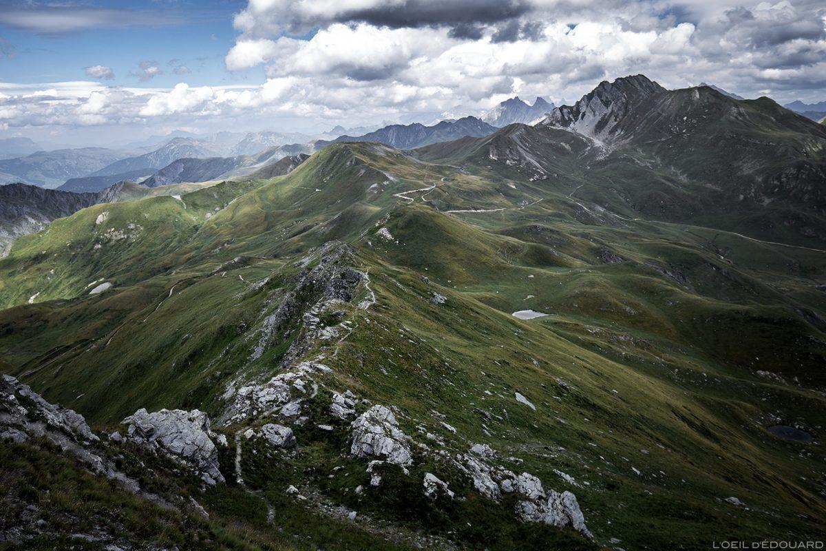Le Col des Tufs Blancs et le Crêt du Rey depuis le sommet de la Pointe de Dzonfié, Le Beaufortain Savoie Paysage Montagne Alpes
