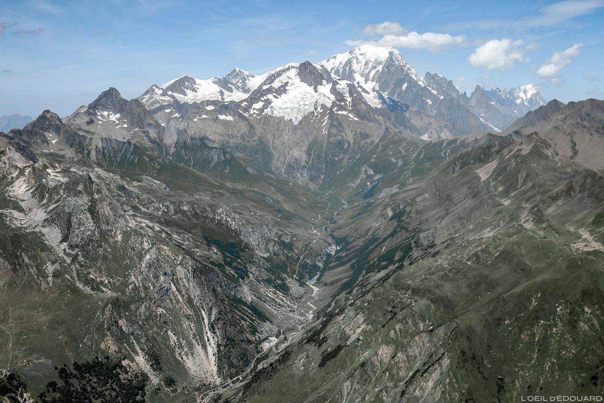 Le Massif du Mont-Blanc depuis le sommet de La Pointe de la Terrasse, Le Beaufortain Savoie Paysage Montagne Alpes
