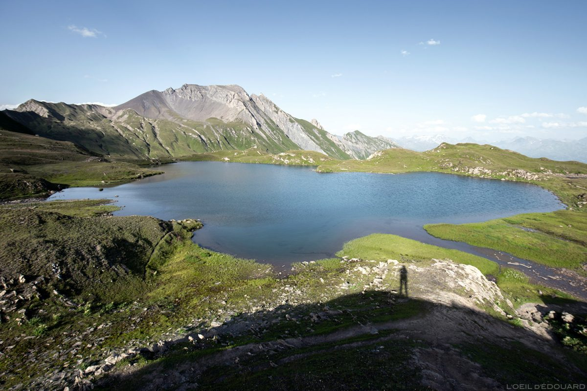 Le Lac Cornu et La Pointe de la Terrasse, Lacs de la Forclaz Le Beaufortain Savoie Paysage Alpes