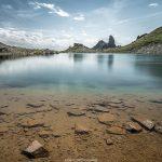 Le Lac de Presset et le Refuge de Presset avec la Pierra Menta en fond, Le Beaufortain Savoie Paysage Montagne Alpes © L'Oeil d'Édouard - Tous droits réservés
