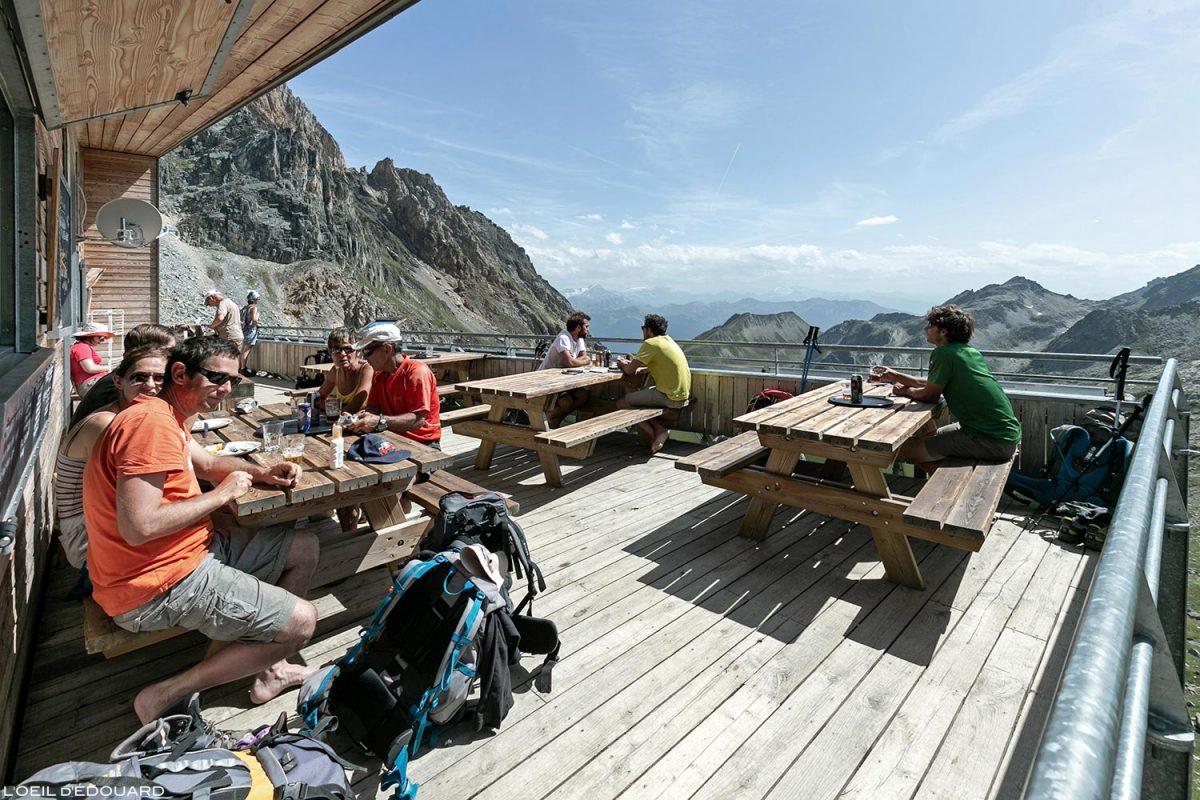 La Terrasse du Refuge de Presset, Le Beaufortain Savoie Paysage Montagne Alpes