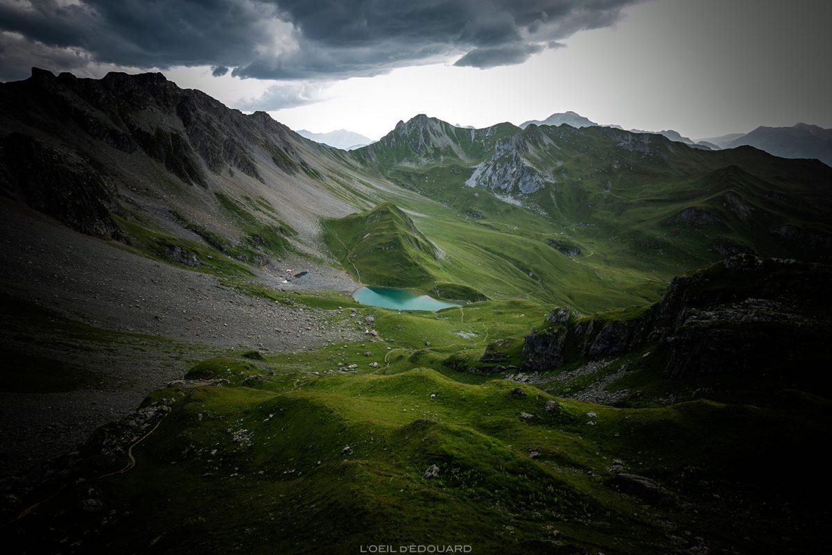 Le Lac d'Amour, Le Beaufortain Savoie Paysage Montagne Alpes © L'Oeil d'Édouard - Tous droits réservés
