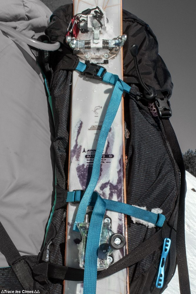 Porte-ski latéral Test sac à dos alpinisme ski de randonnée Osprey Mutant 38 backpack review