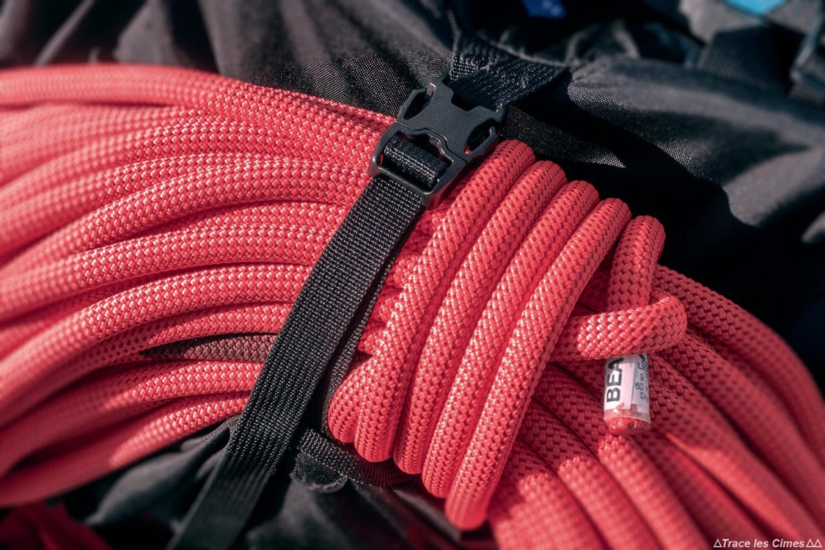 Sangle corde Test sac à dos alpinisme ski de randonnée Osprey Mutant 38 backpack review