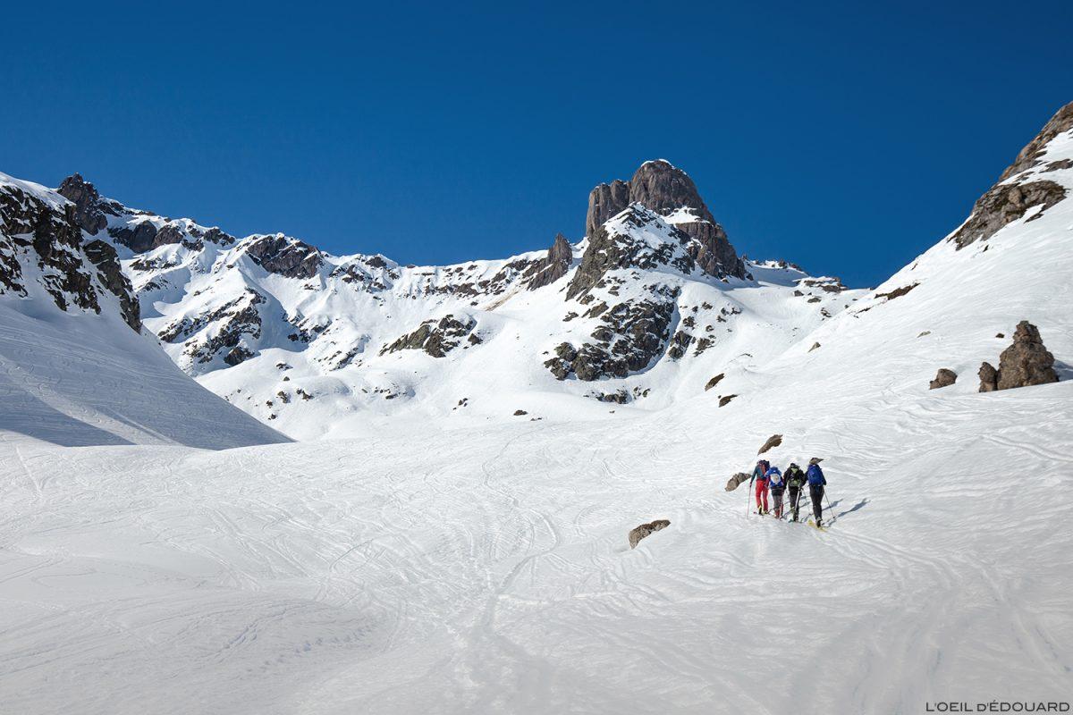 La Pierra Menta en hiver - Massif du Beaufortain, Savoie / Ski de randonnée Paysage Montagne Outdoor Mountain winter snow ski touring