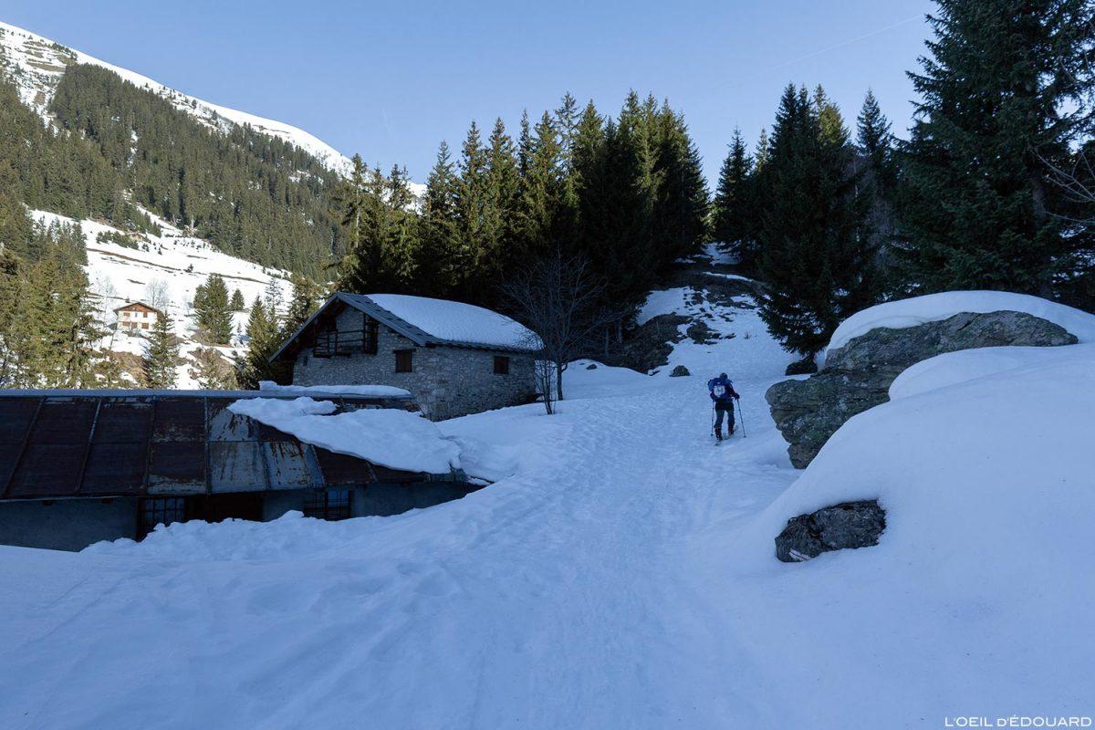 Chalets de Bon Pas en hiver - Massif du Beaufortain, Savoie