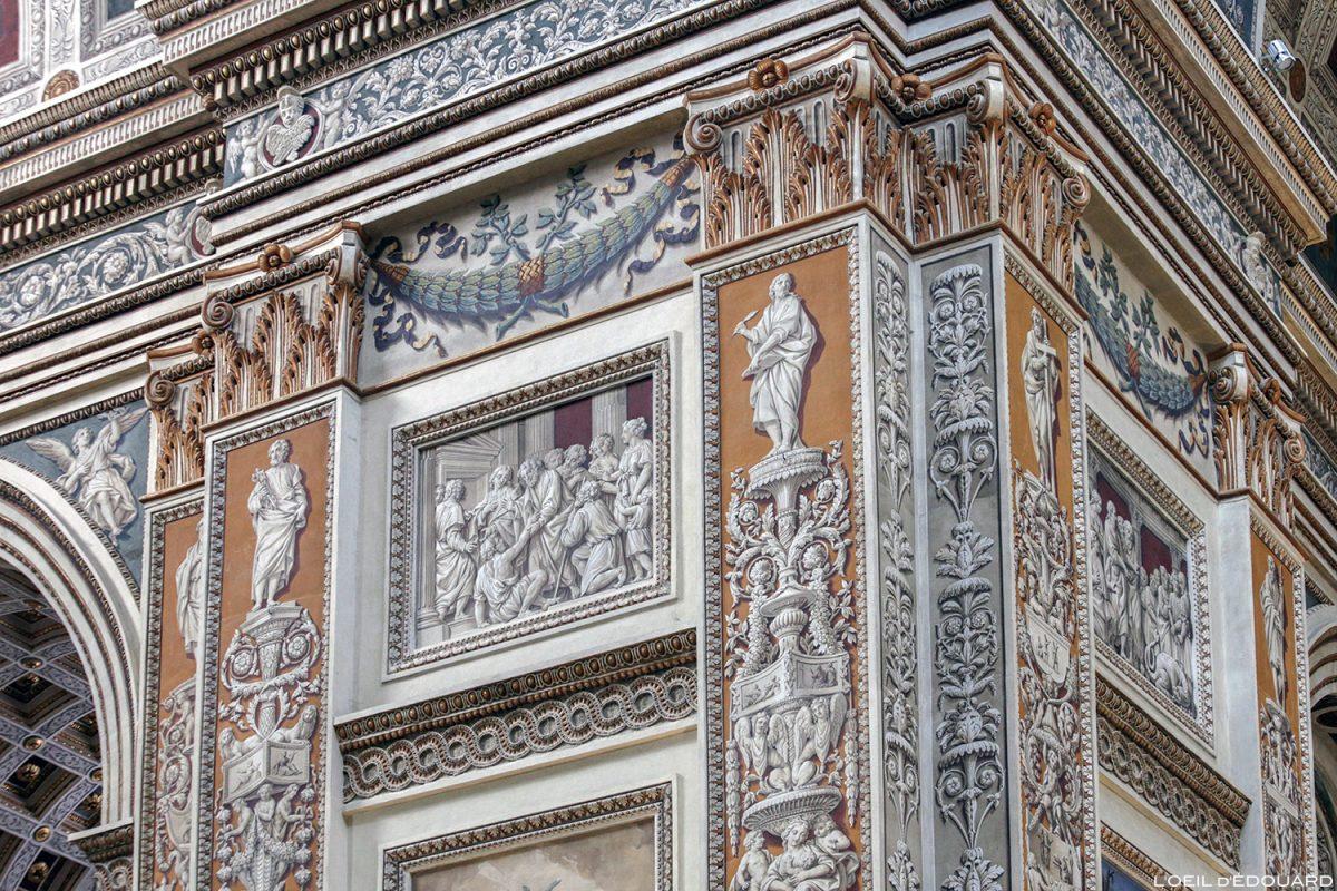 Peinture en trompe-l'œil dans la nef de la Basilique Saint Andrea, Mantoue Italie - Chiesa Basilica di Sant'Andrea, Mantova Italia Italy church / Architecture baroque Léon Battista Alberti