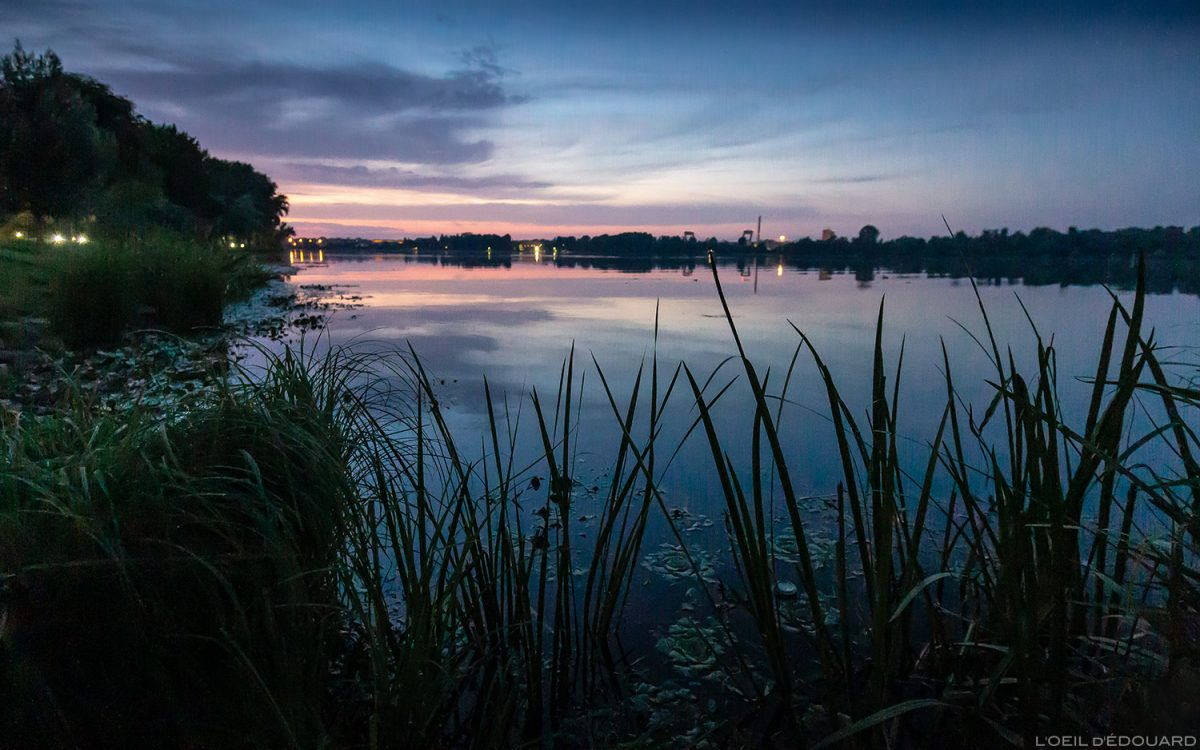 Coucher de soleil sur la rivière Mincio, Mantoue Italie - Lago di Mezzo, Mantova Italia Italy sunset lake