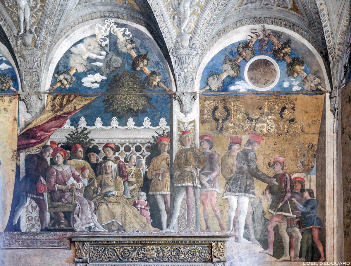 Peinture fresque de Andrea Mantegna, la Chambre des Époux, Palais ducal, Mantoue Italie - Affresco della Corte, La Camera degli Sposi (1465-1474) Palazzo Ducale di Mantova, Italia Italy paintings