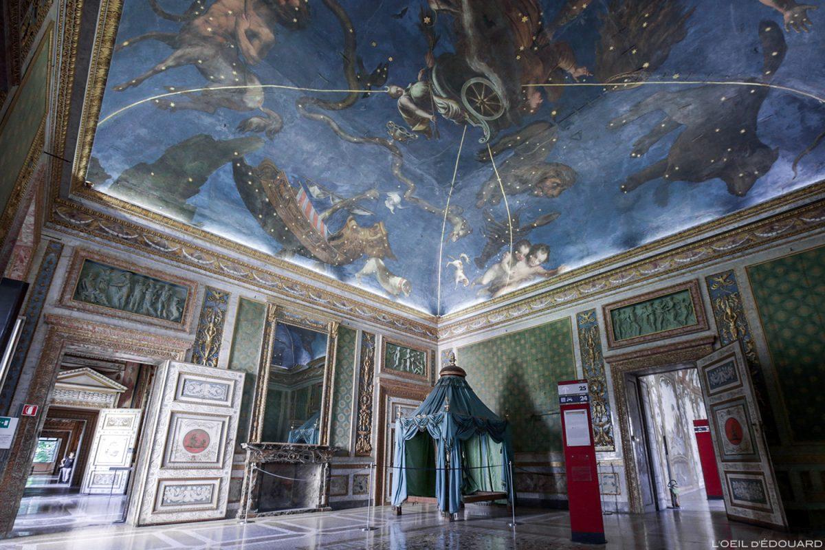 Salle du Zodiaque, intérieur du Palais ducal, Mantoue Italie - Sala dello Zodiaco, Palazzo Ducale di Mantova, Italia Italy palace room ceiling
