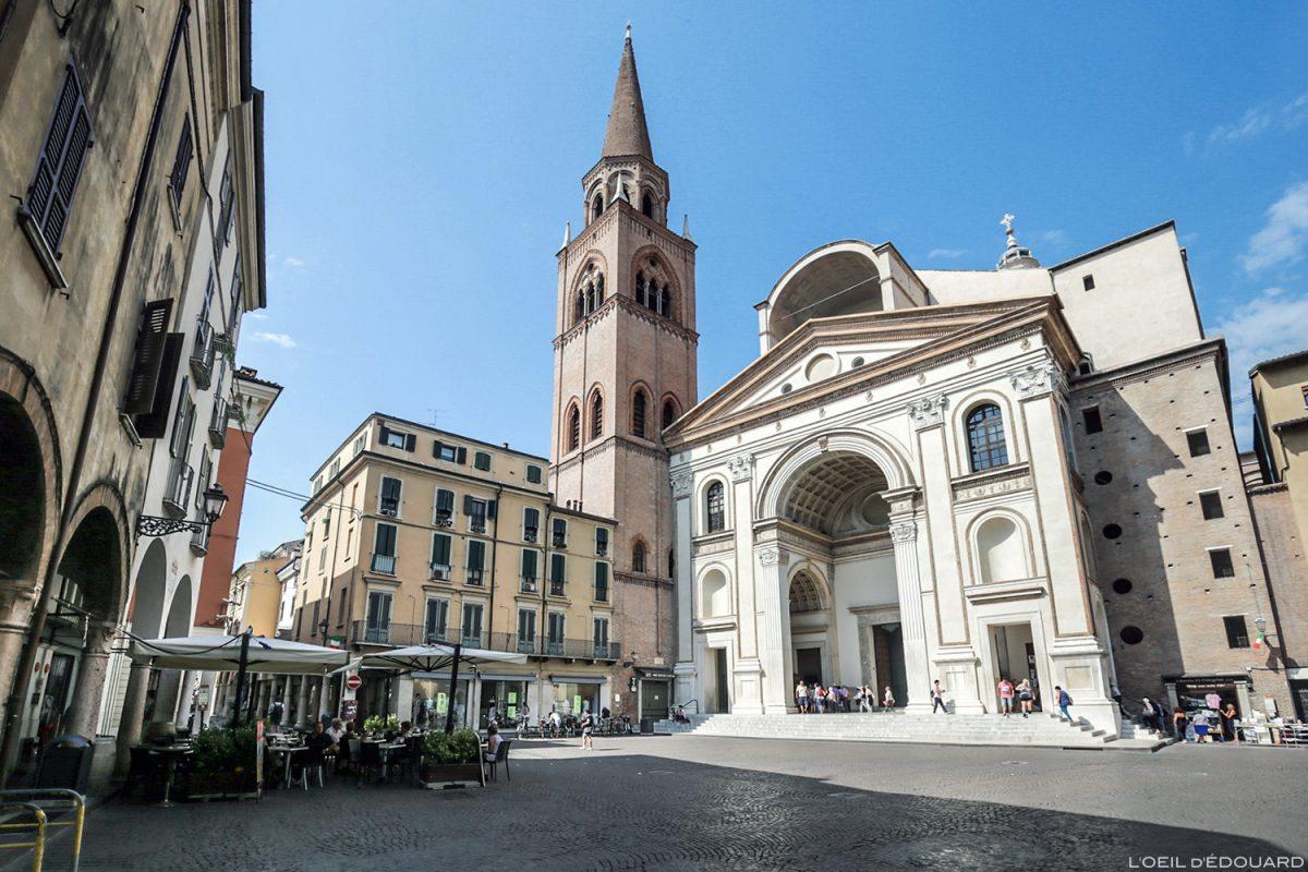 Place Basilique Saint Andrea, Mantoue Italie : Basilica di Sant'Andrea / Piazza Andrea Mantegna, Mantova Italia Italy