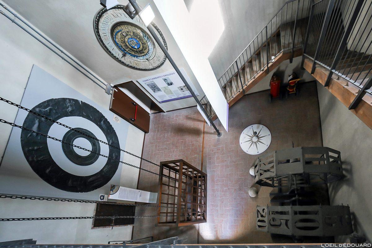 Musée du temps, intérieur de la tour du clocher du Palazzo della Ragione, Mantoue Italie / Museo del Tempo, Torre dell'Orologio, Mantova Italia Italy
