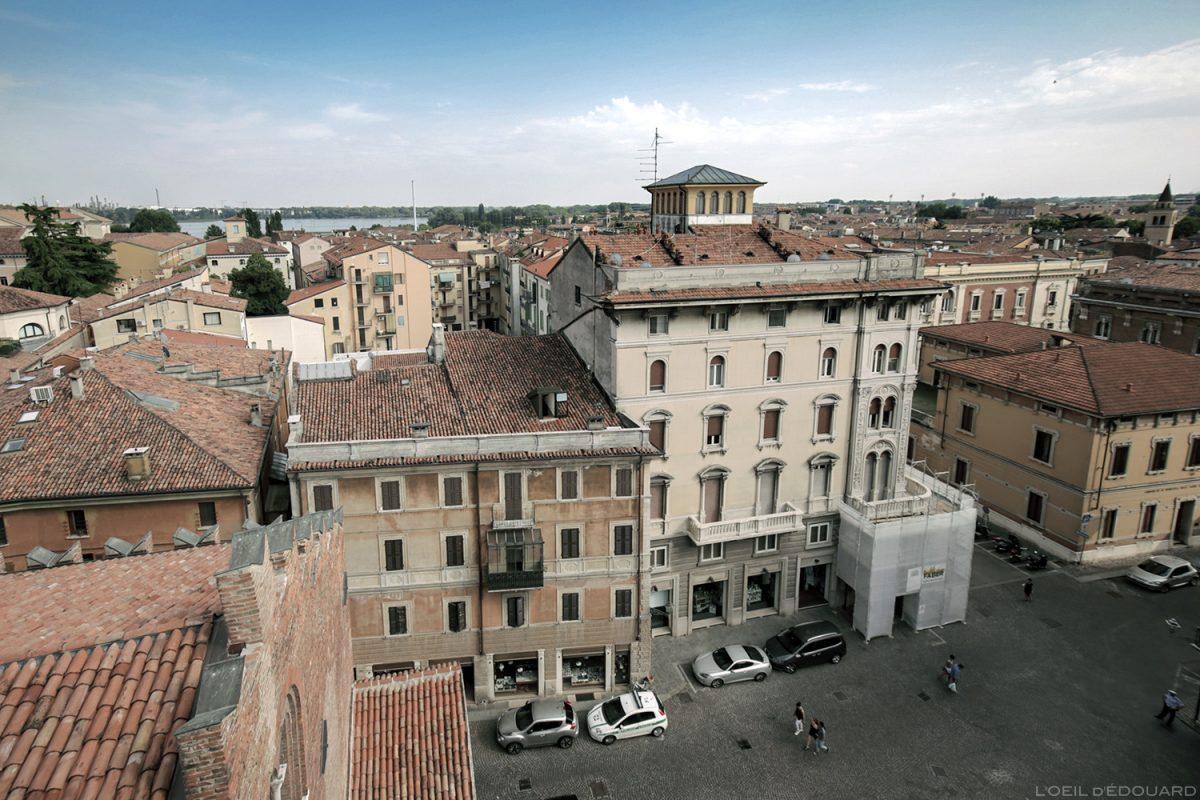 Sommet du clocher du Palazzo della Ragione, Piazza Concordia, Mantoue Italie / Campanile Torre dell'Orologio di Mantova Italia Italy