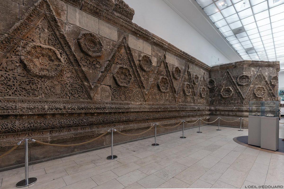 Mur d'enceinte de Mshatta, Musée de Pergame - Île aux Musées de Berlin Allemagne / Mshatta-Hall, Pergamonmuseum, Museumsinsel Deutschland Germany
