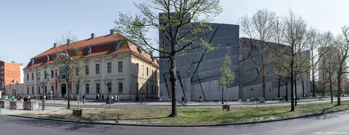 Musée Juif de Berlin Allemagne depuis la rue - Jüdisches Museum, Lindenstraße, Deutschland Germany - Architecture Daniel Libeskind