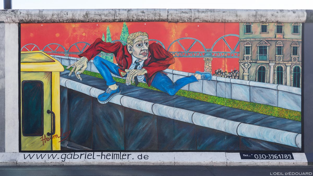 "Peinture ""Wall Jumper"" Gebriel HEIMLER - Mur de Berlin Allemagne East Side Gallery / painting Wall of Berlin Germany / Berliner Mauer Deutschland"
