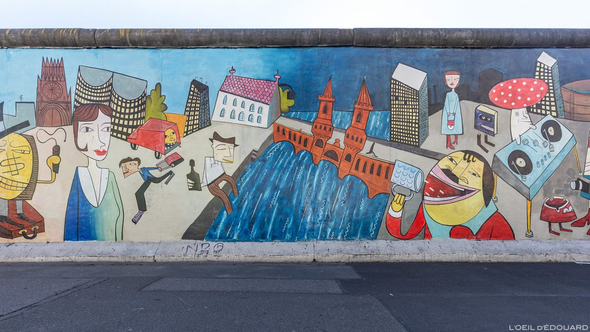 "Peinture ""Doin it cool for the Eastside"" Jim AVIGNON - Mur de Berlin Allemagne East Side Gallery / painting Wall of Berlin Germany / Berliner Mauer Deutschland"