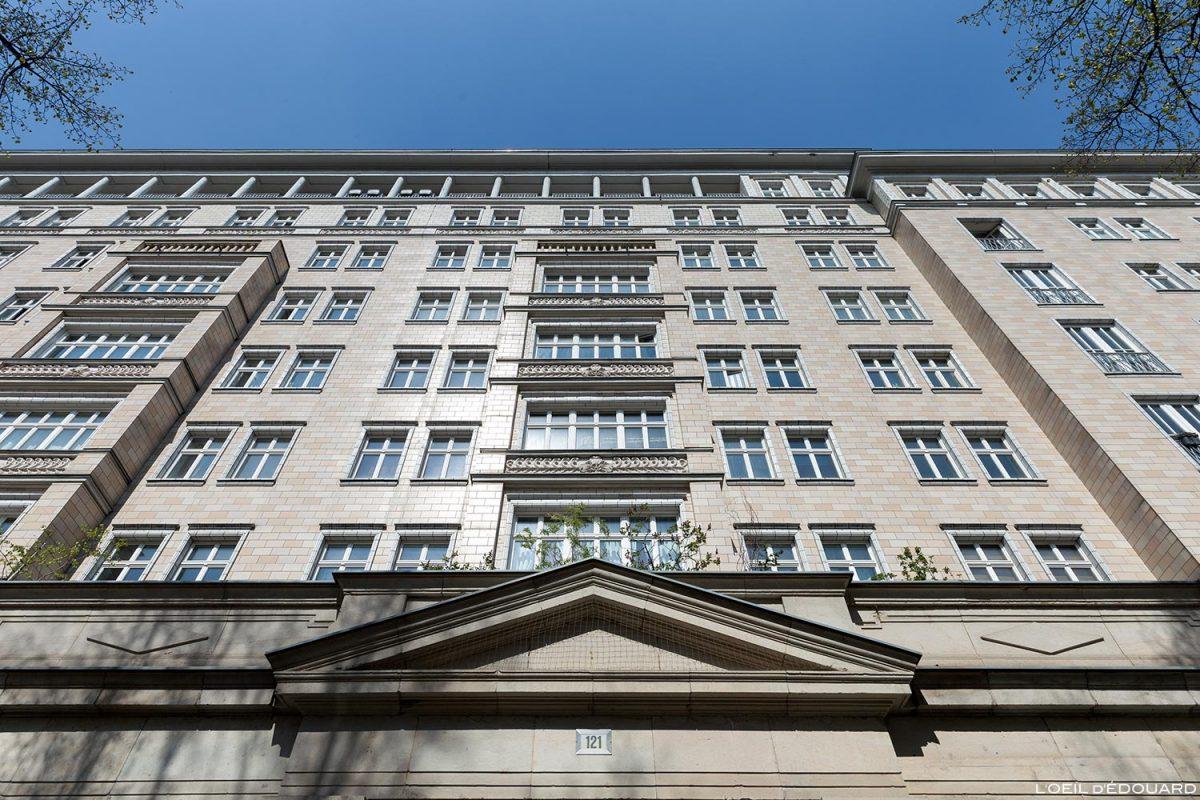Façade Architecture bâtiment Allemagne de l'Est Berlin, Karl Marx allee Deutschland Germany building Communisme soviétique