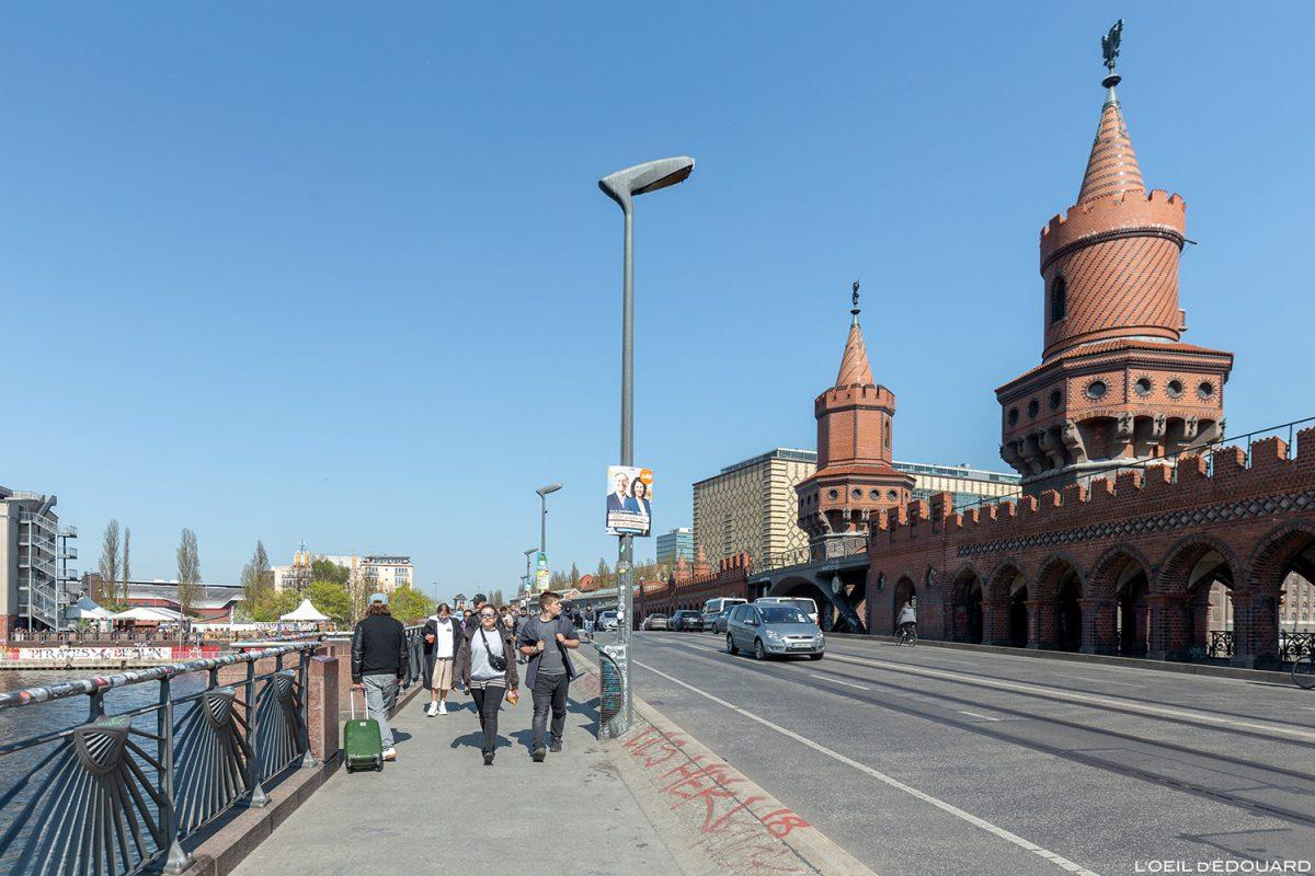 Pont Oberbaumbrücke Berlin Allemagne Deutschland Germany bridge architecture