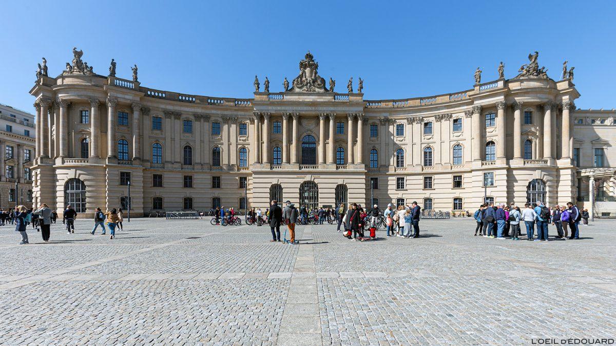 Bibliothèque Université Faculté de Droit de Berlin Allemagne / Universitätsbibliothek Humboldt-Universität zu Berlin Deutschland Germany