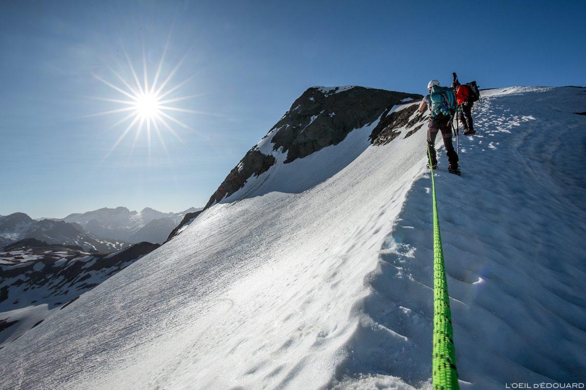 Cordée Randonnée glaciaire à la Pointe de Méan Martin alpinisme, Massif de la Vanoise - Paysage Montagne Alpes Mountain Landscape mountaineering