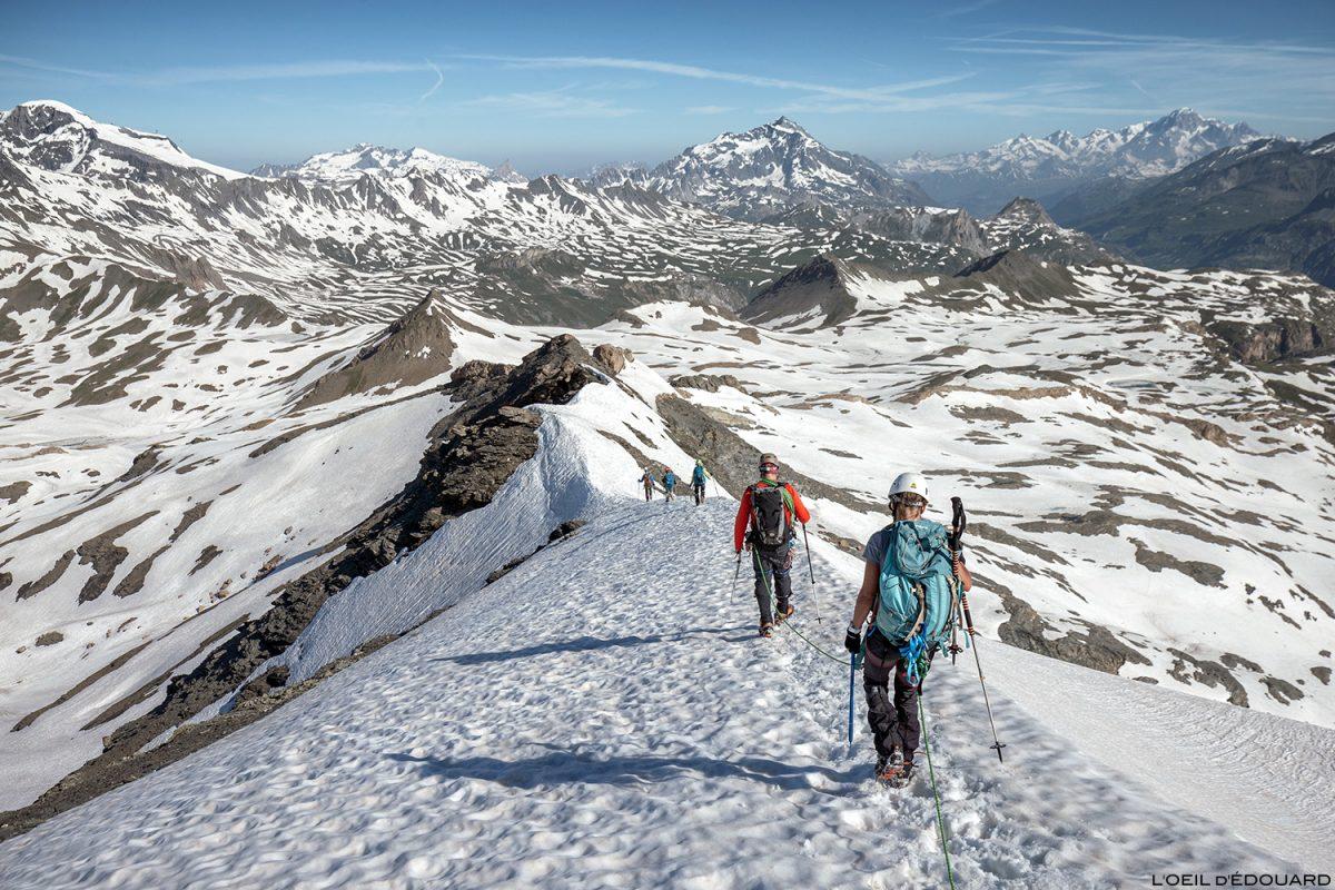 Alpinisme : Arête Ouest de la Pointe de Méan Martin, Massif de la Vanoise - Paysage Montagne Alpes Mountain Landscape mountaineering