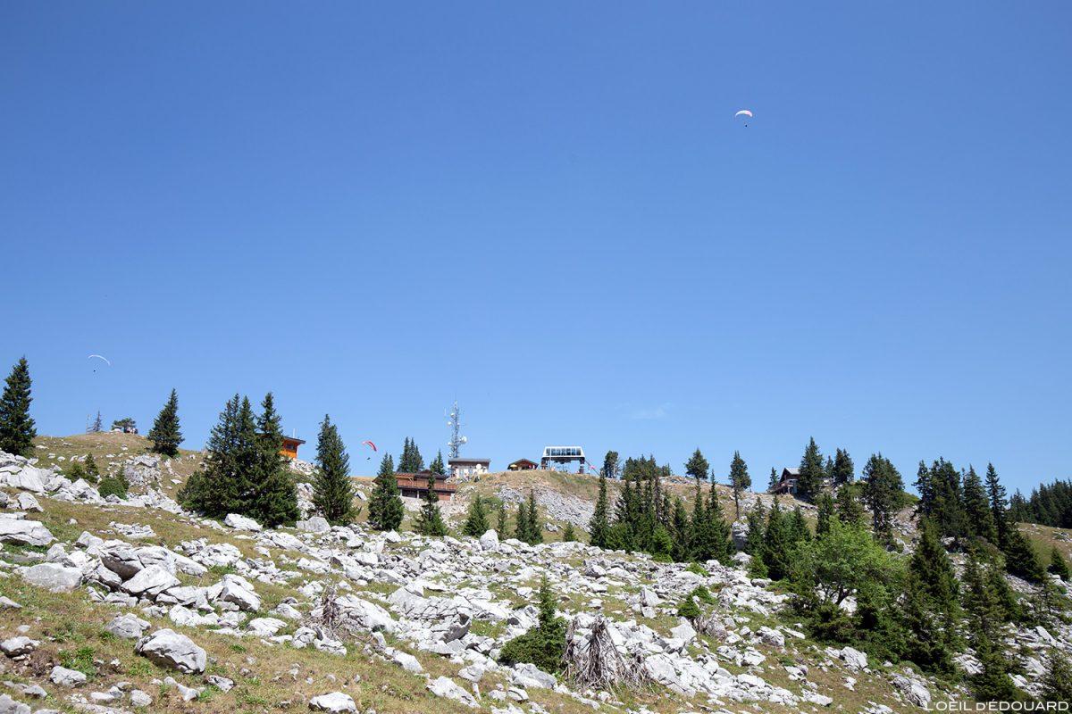 Télésiège au sommet de la Station de La Sambuy, Haute-Savoie Alpes - Paysage Montagne Alpes Outdoor Mountain Landscape Hike Hiking