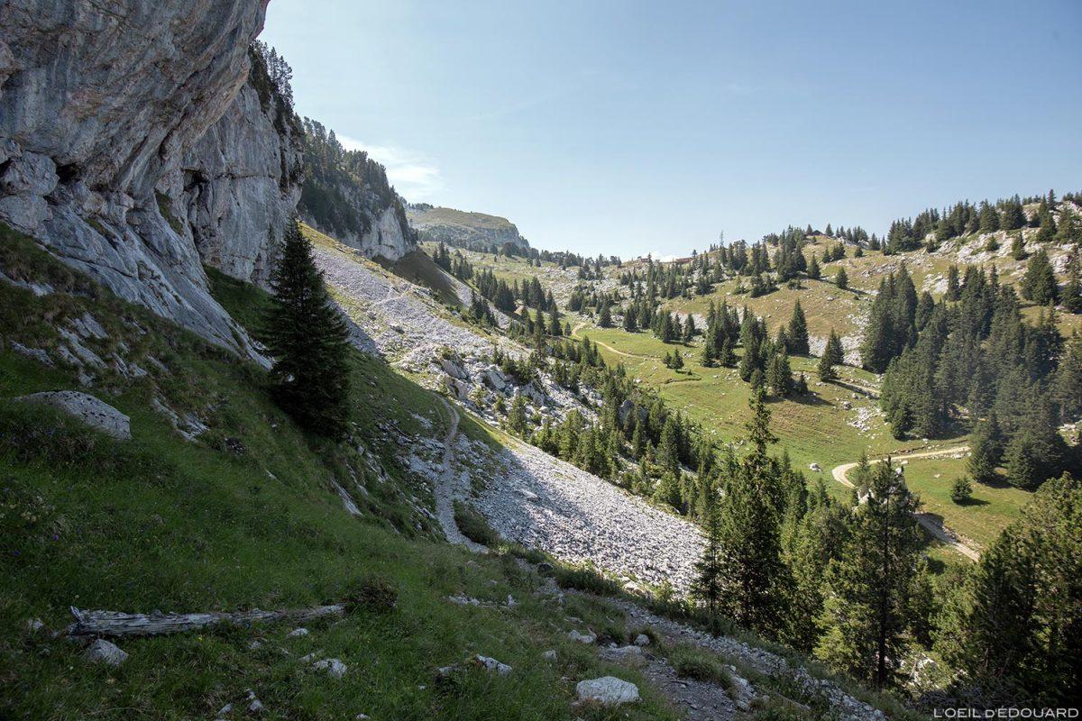 La Combe de La Sambuy, Haute-Savoie Alpes - Paysage Montagne Randonnée Alpes Outdoor Mountain Landscape Hike Hiking
