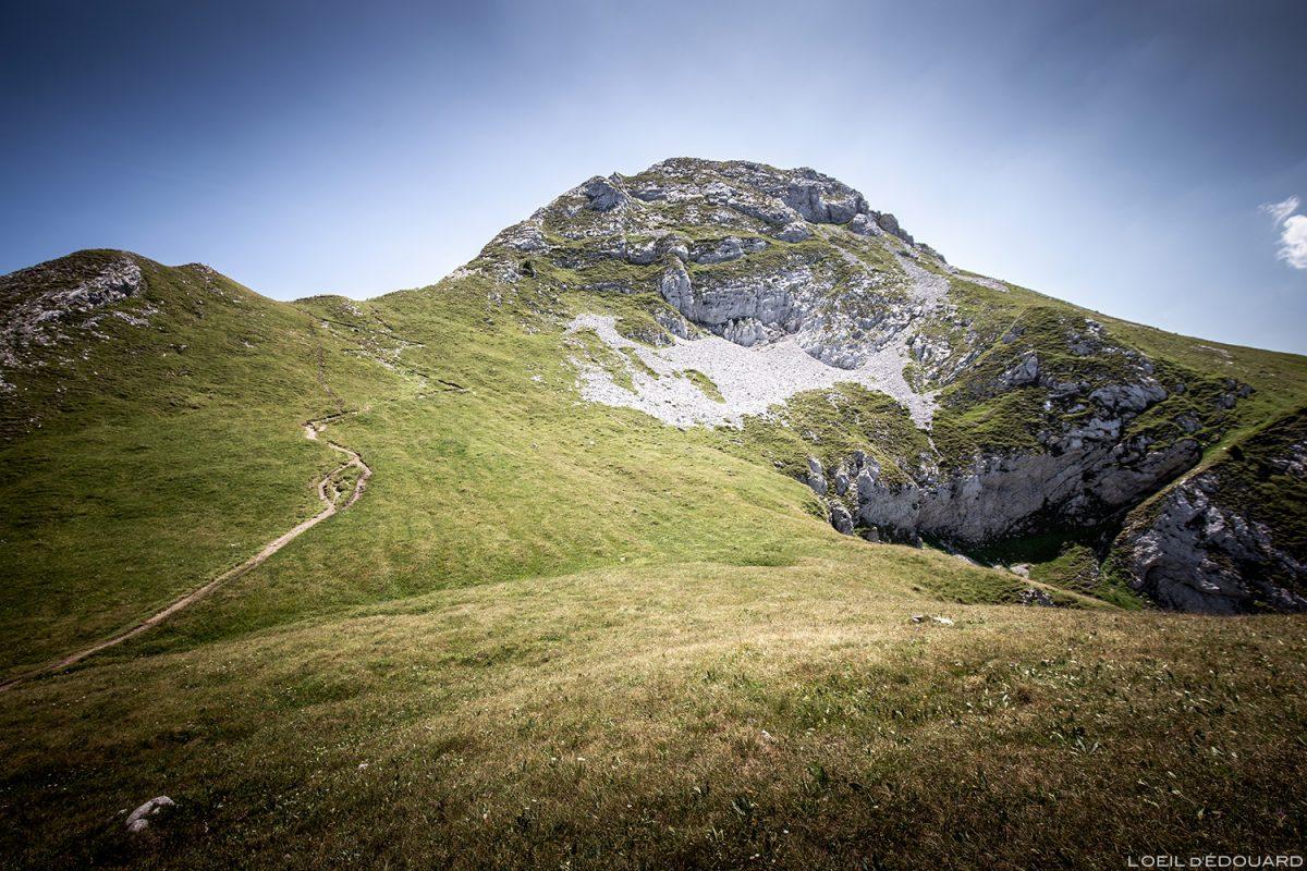 La Pointe de La Sambuy, Haute-Savoie Alpes - Paysage Montagne Randonnée Alpes Outdoor Mountain Landscape Hike Hiking summit