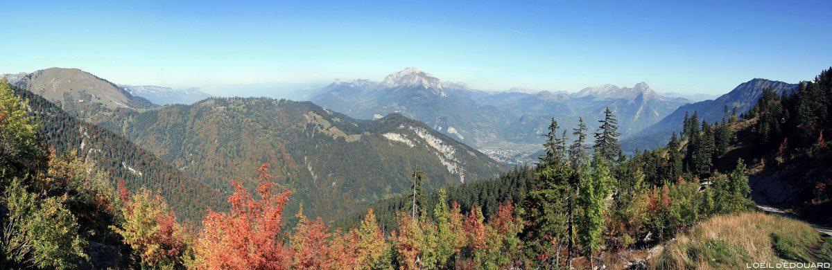 Panorama Station de ski Seythenex La Sambuy en automne Haute-Savoie Alpes - Paysage Montagne Alpes Mountain Landscape