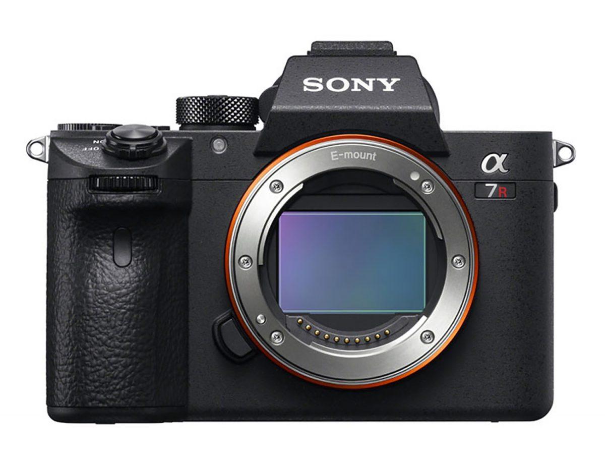 Appareil Photo Numérique hybride Sony α7R III