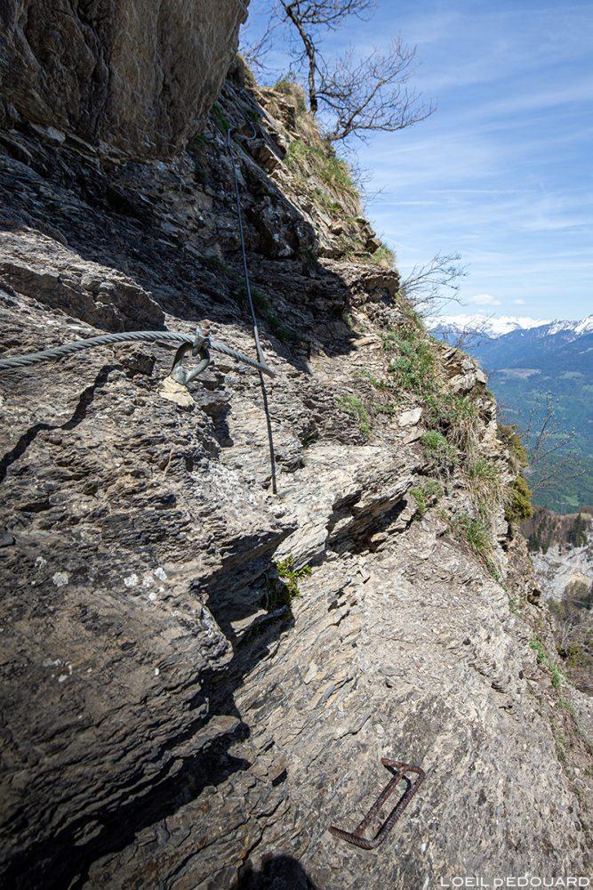 Echelle et cable au Pas de l'Âne entre La Belle Étoile et la Dent de Cons Bauges Savoie Alpes - Paysage Montagne Randonnée Outdoor Mountain Landscape