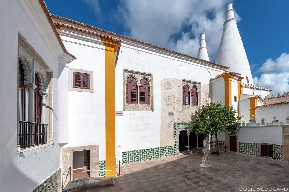Cour intérieure du Palais National de Sintra Portugal Lisbonne - Palacio Nacional Sintra Portugal Lisboa