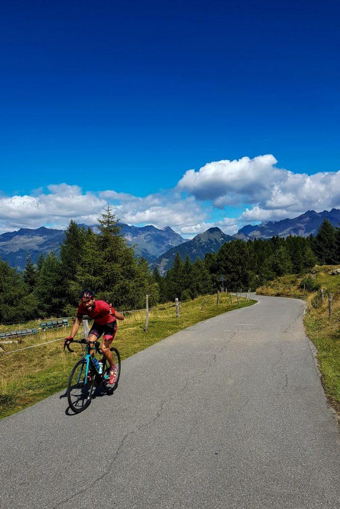 Paysage Montagne Alpes Vélo Cyclisme Passo del Mortirolo Italie Italian Alps Mountain Landscape road Italy cyclism ciclismo Italia giro
