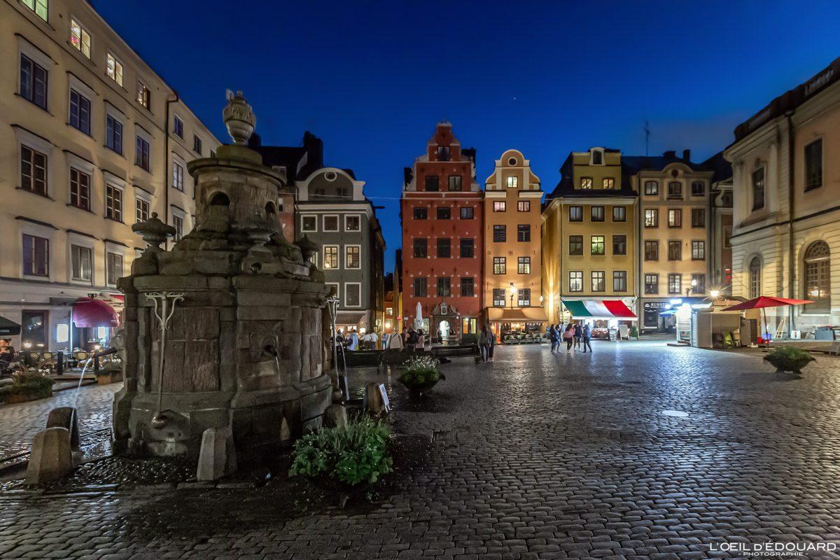 Place Stortorget de nuit - vieille ville Gamla Stan Stadsholmen Stockholm Suède Sweden Sverige night