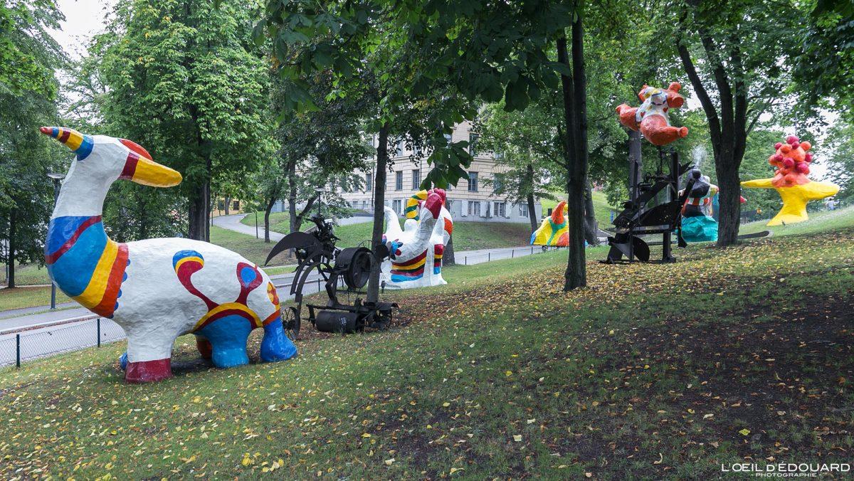 Le Paradis fantastique (1966) Nikki de Saint-Phalle et Jean Tinguely - Jardin du Musée Modernamuseet Skeppsholmen Stockholm Suède Sweden Sverige art museum sculpture