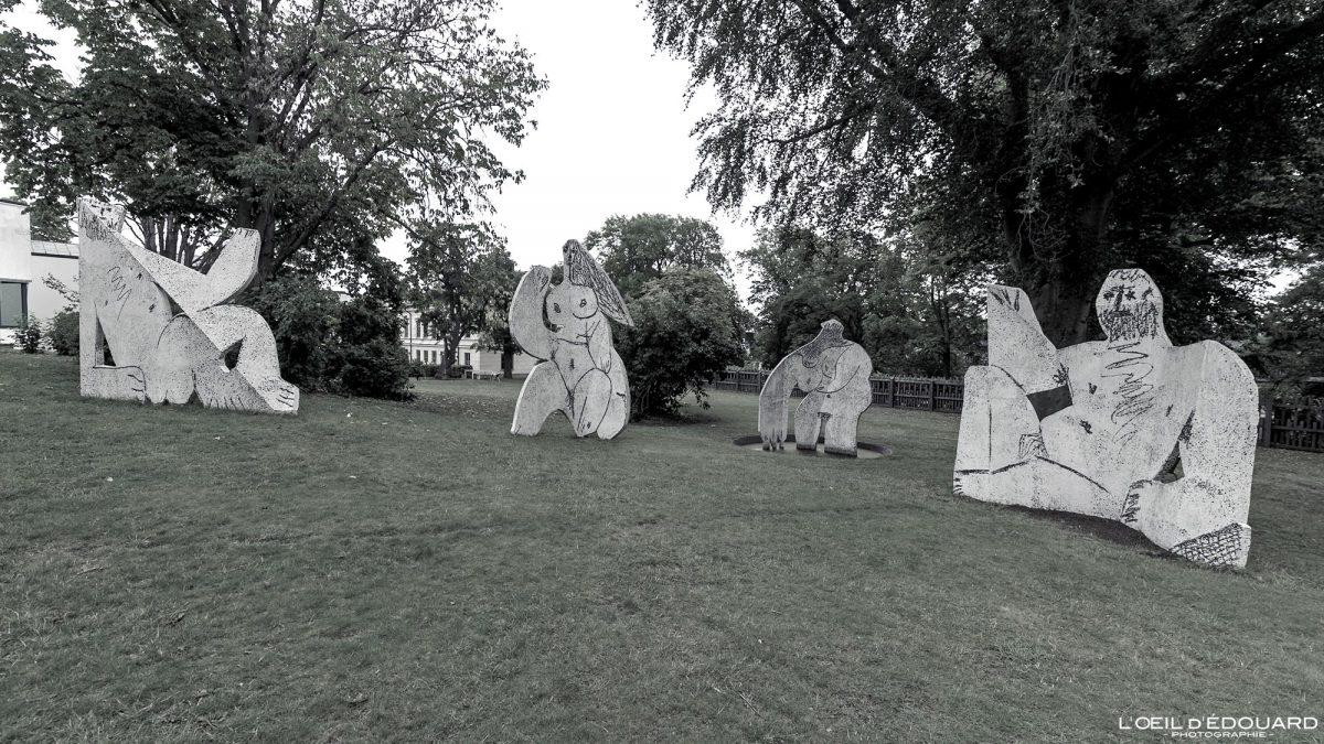 Déjeuner sur l'herbe (1962) Pablo Picasso - Jardin du Musée Modernamuseet Skeppsholmen Stockholm Suède Sweden Sverige art museum sculpture