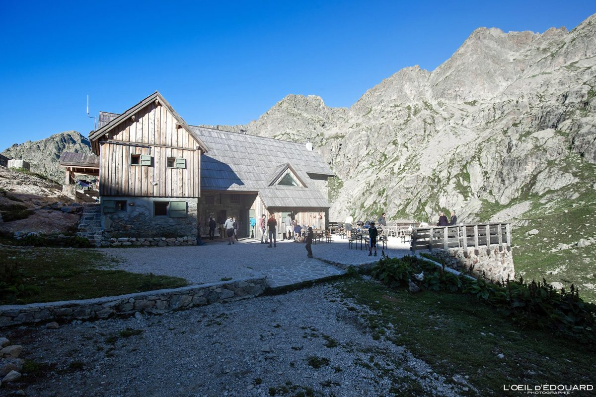 Refuge de Nice Victor de Cessole - Massif du Mercantour Alpes-Maritimes Provence-Alpes-Côte d'Azur / Paysage Montagne Trek Outdoor Landscape Mountain Hike Hike Trekking
