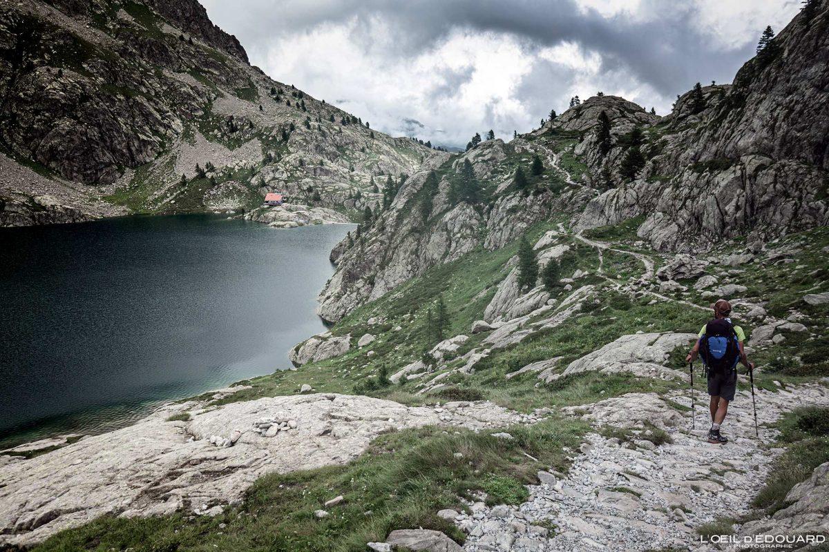 Refuge de Valmasque Lac Vert - Massif du Mercantour Alpes-Maritimes Provence-Alpes-Côte d'Azur / Paysage Montagne Randonnée Trek Outdoor Landscape Mountain lake Hike Hike Trekking