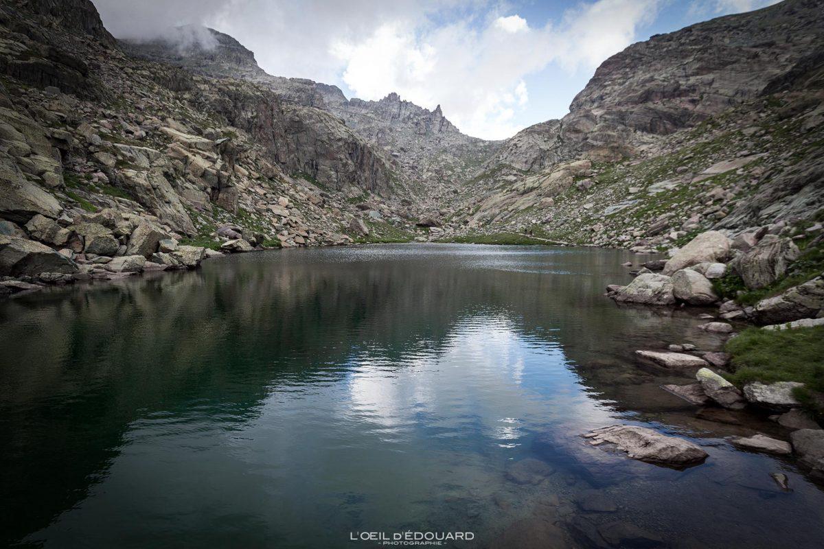 Lac Vallée des Merveilles - Massif du Mercantour Alpes-Maritimes Provence-Alpes-Côte d'Azur / Paysage Montagne Randonnée Trek Outdoor Landscape Mountain lake Hike Hike Trekking